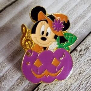 4/$25 Disney Halloween Minnie Purple Pumpkin